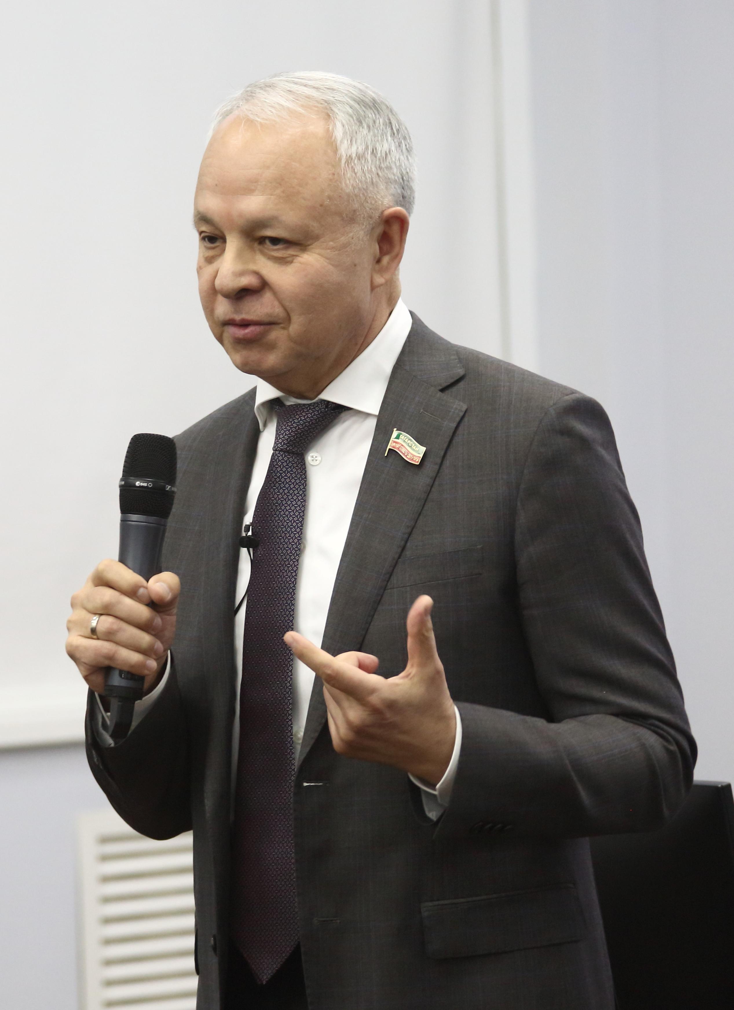«Встречи с лидерами» для камазовского резерва руководителей