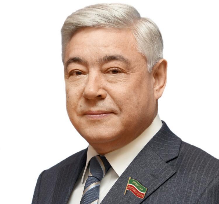 Фарид Мухаметшин  поздравил «КАМАЗ-мастер» с победой в «Дакаре-2020»