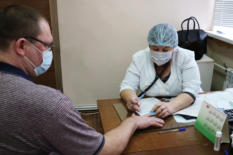Десять тысяч камазовцев вакцинировались от COVID-19
