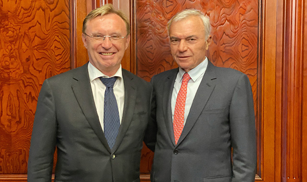 Руководители «КАМАЗа» и ММК провели рабочую встречу