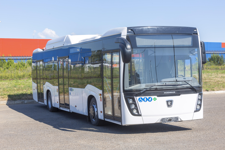 «КАМАЗ» поставит в Санкт-Петербург партию автобусов