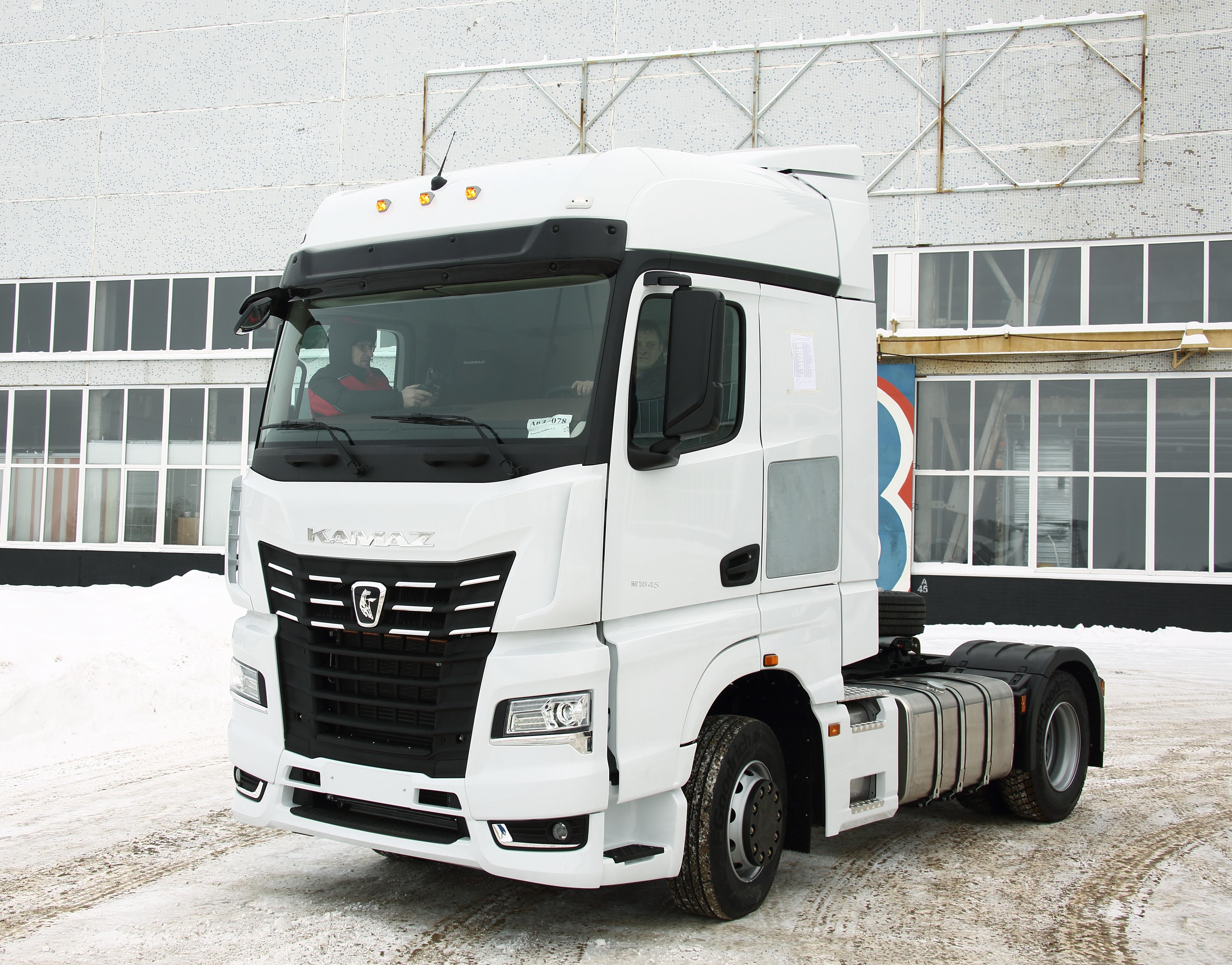 Спрос на автомобили КАМАЗ-5490 и КАМАЗ-54901 в лизинг