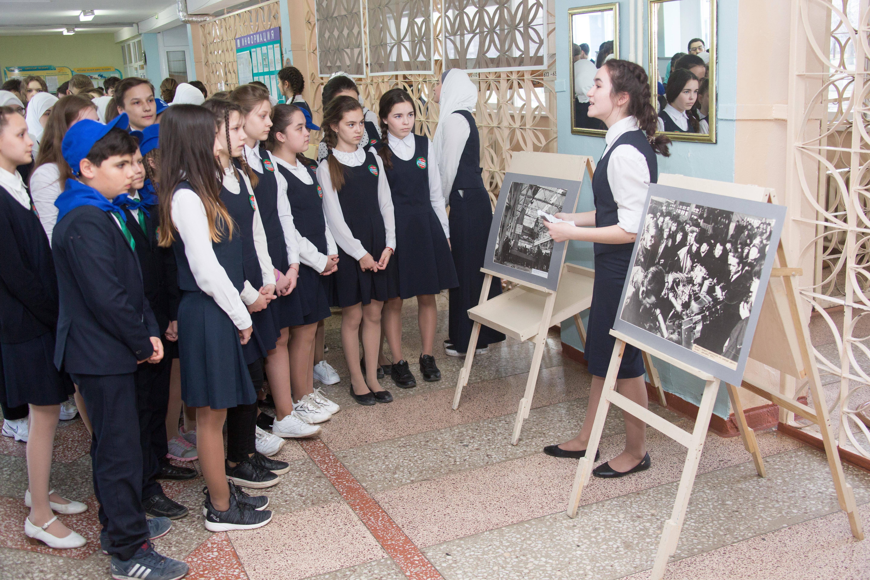 Фотовыставка к юбилею «КАМАЗа» для школьников