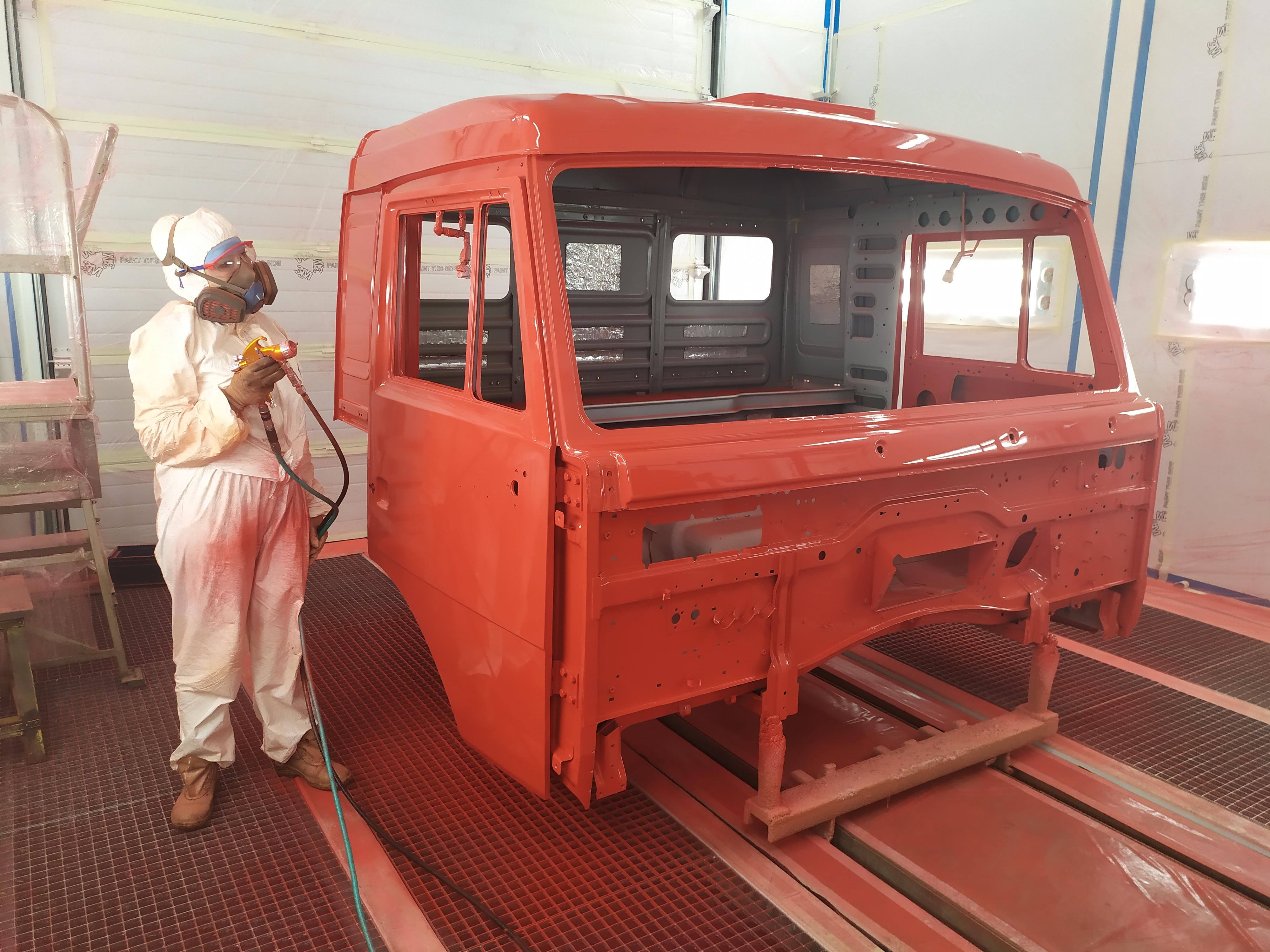 Новая окрасочная камера для каркасов кабин автомобилей КАМАЗ