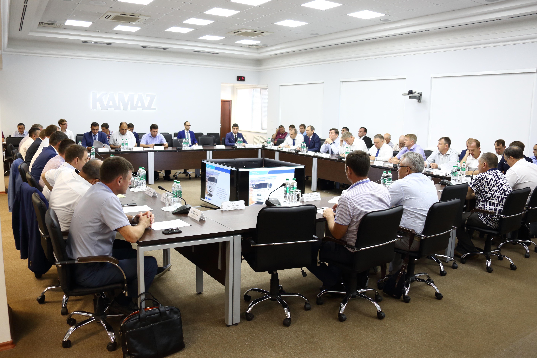 На «КАМАЗе» обсуждены перспективы эксплуатации газомоторной техники