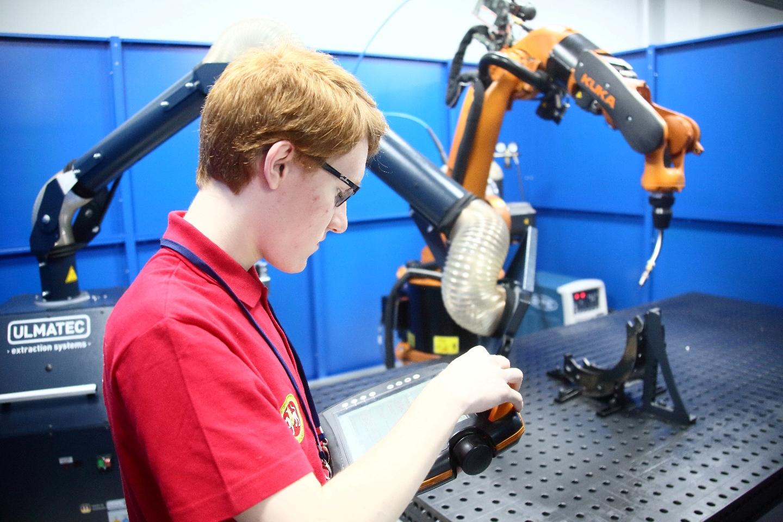 Лаборатория робототехники для подготовки камазовских кадров