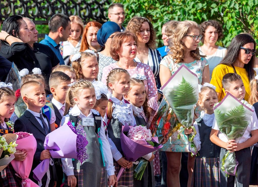 «КАМАЗ» расширил шефство над школами