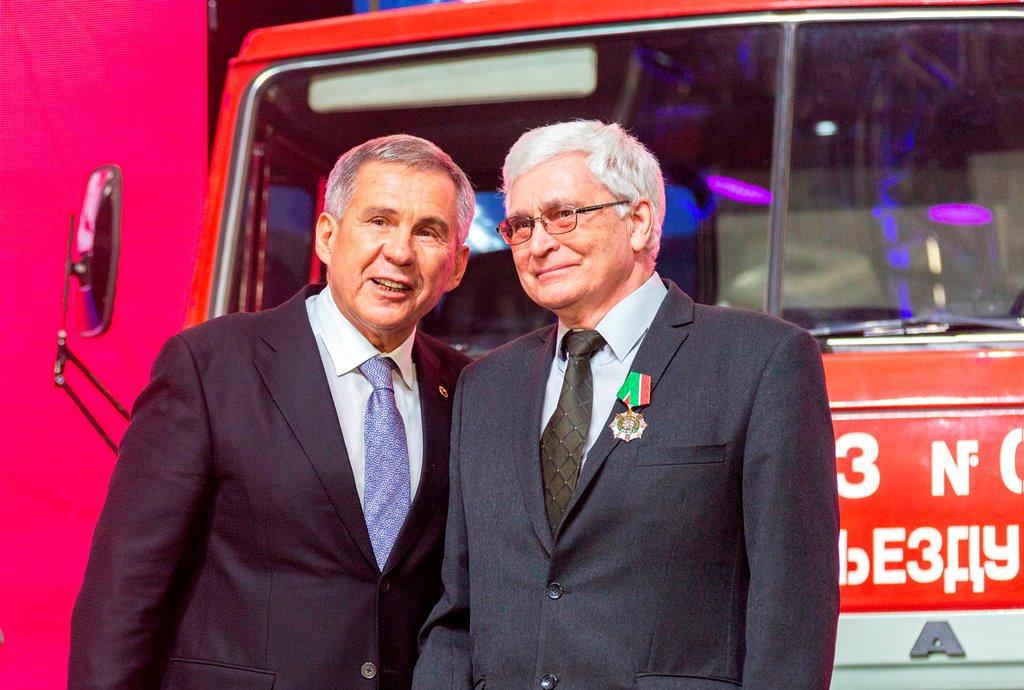Награды для камазовцев – к 45-летию первого автомобиля КАМАЗ