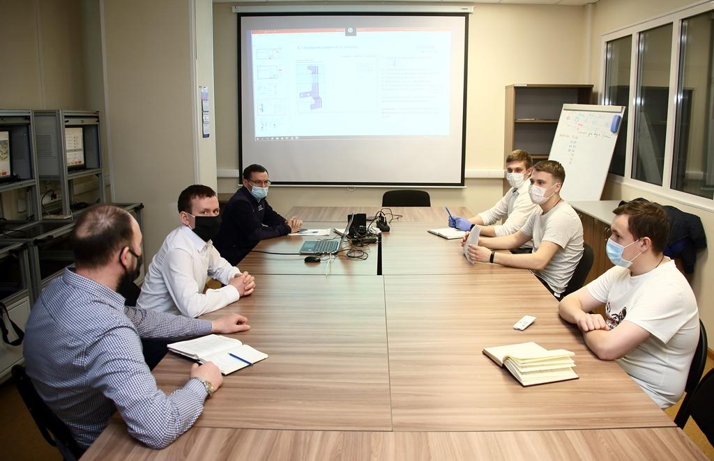На «КАМАЗе» ведётся обучение работе с системой МES