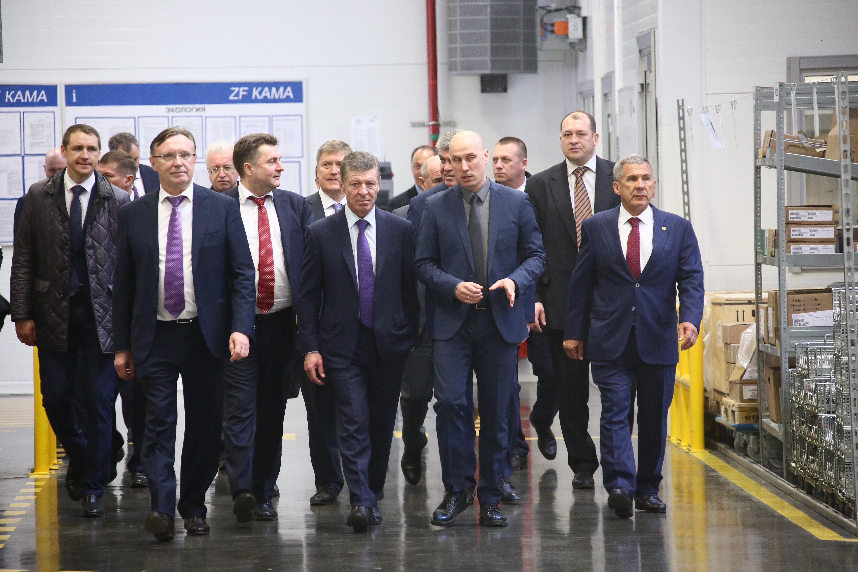 Делегация правительства РФ на «КАМАЗе»
