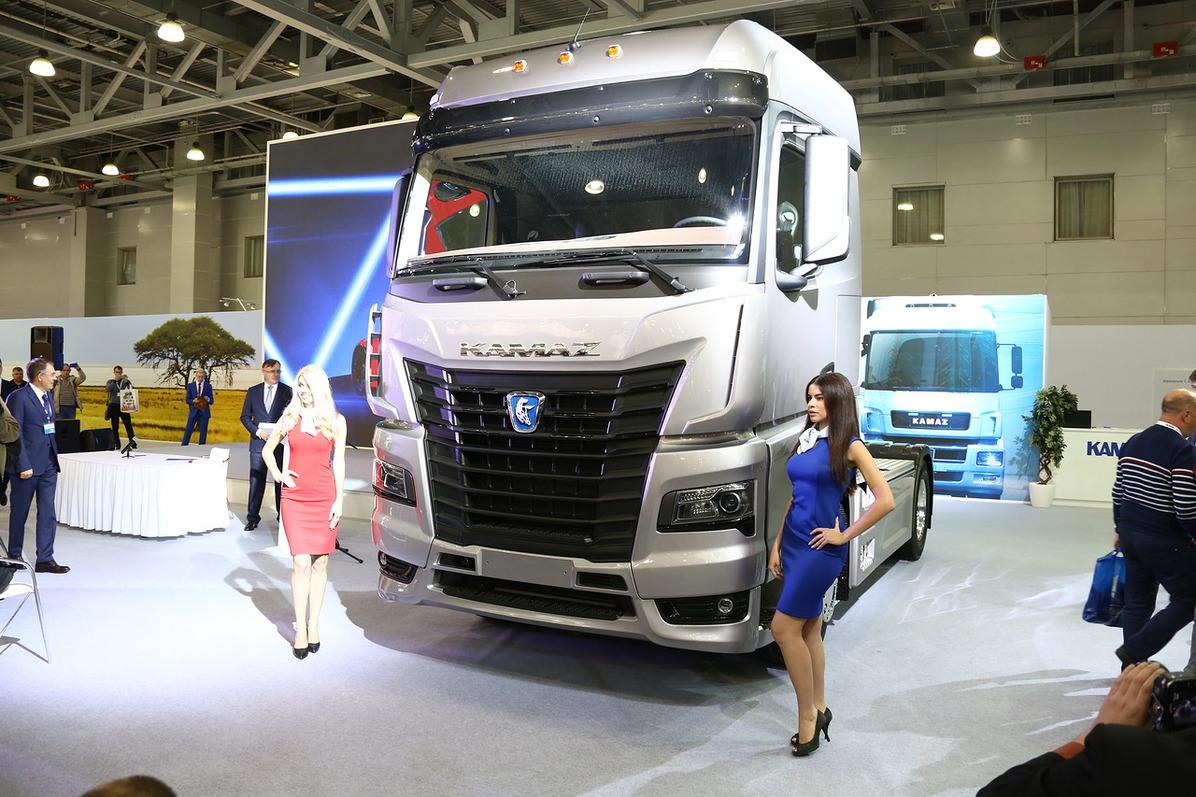 Премьера нового грузовика КАМАЗ на «Комтрансе-2017»