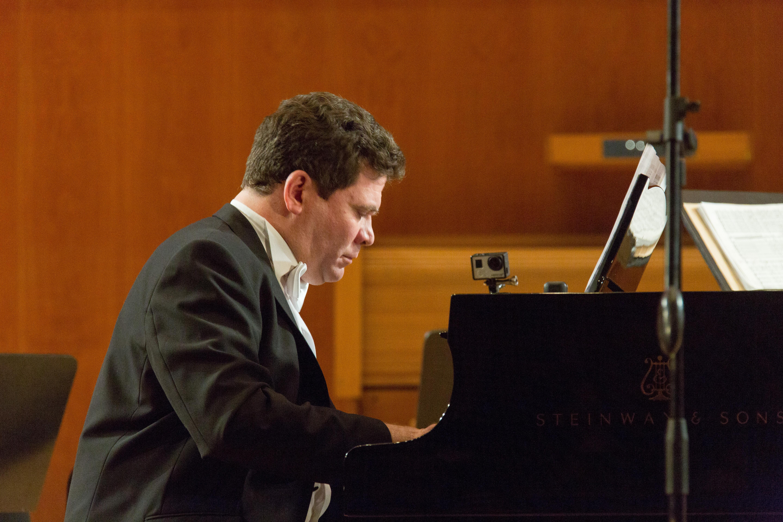 Денис Мацуев дал концерт в Набережных Челнах