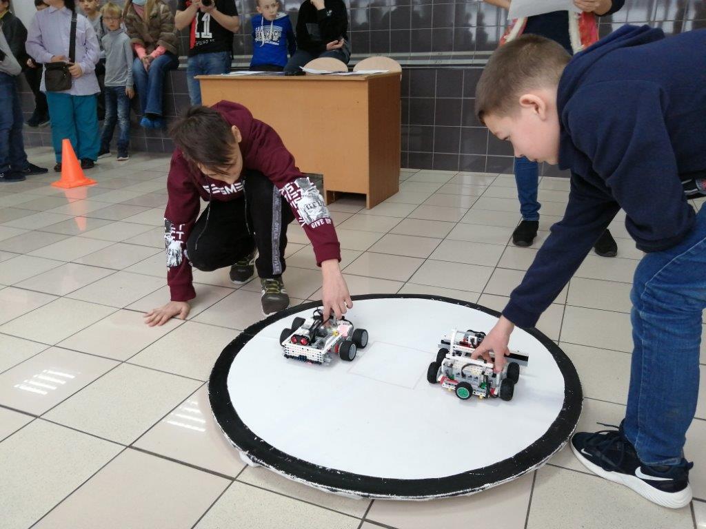 Соревнования среди роботов – при поддержке «КАМАЗа»