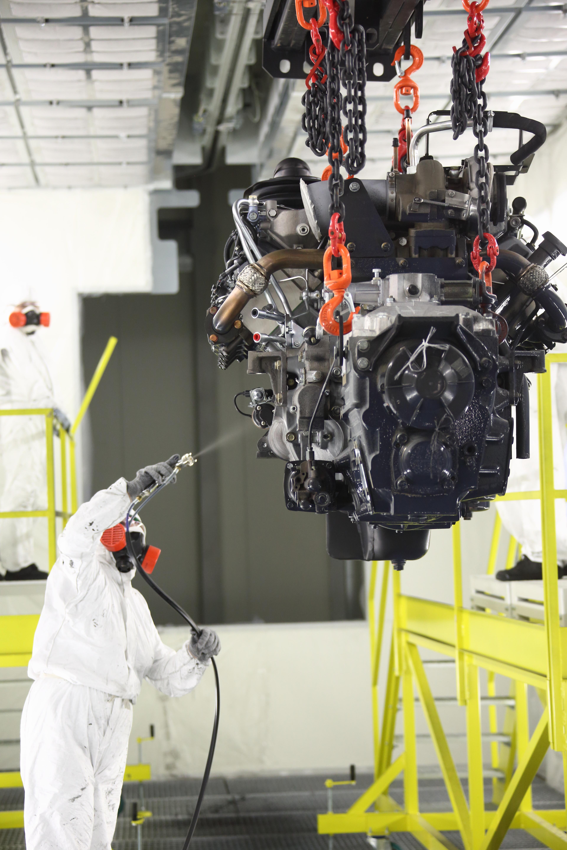 На «КАМАЗе» запущена линия окраски новых двигателей