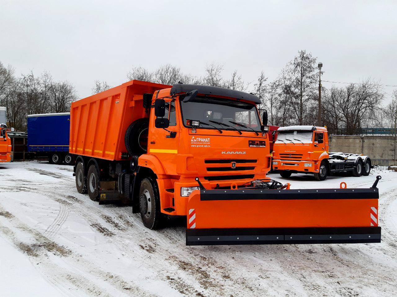 Дорожно-уборочная техника для Ленинградской области