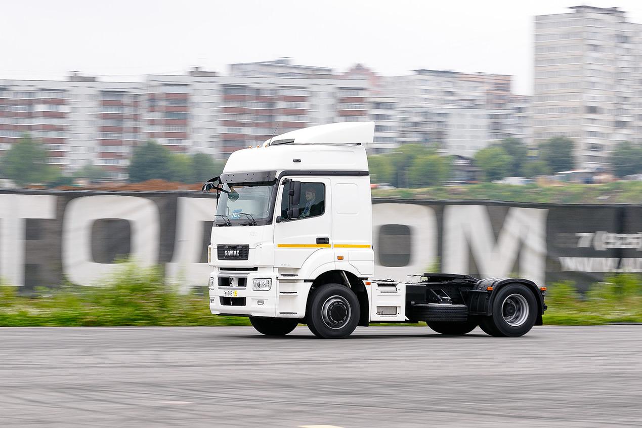 Тест-драйв тягача КАМАЗ-5490 NEO в Москве