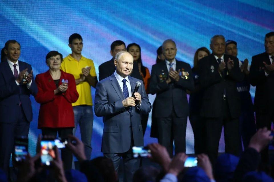 Президент России посетил «КАМАЗ» в день его 50-летия