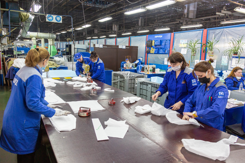 «КАМАЗ» передал партию противоэпидемических костюмов в Йошкар-Олу