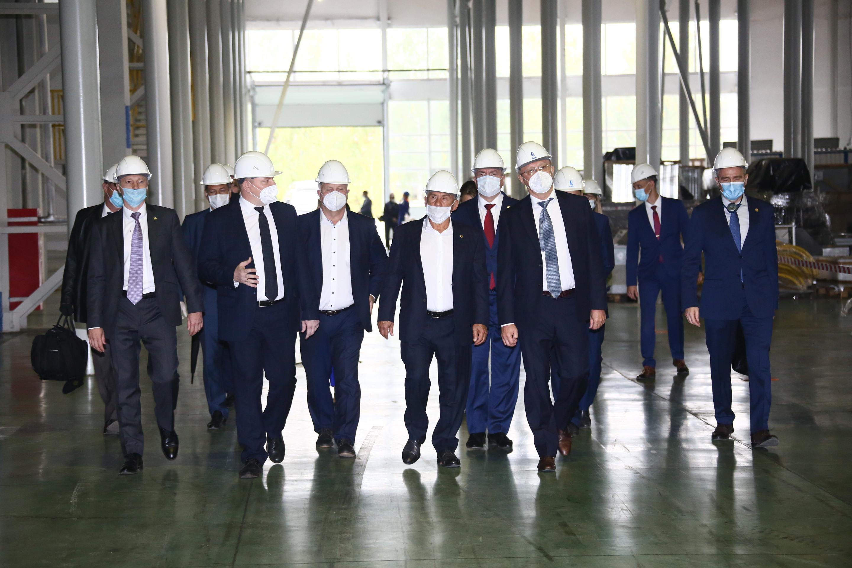 Президент Татарстана Рустам Минниханов на «КАМАЗе»