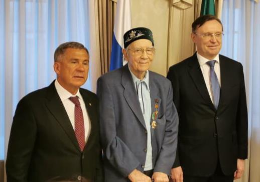 Вручены награды первому генеральному директору «КАМАЗа»