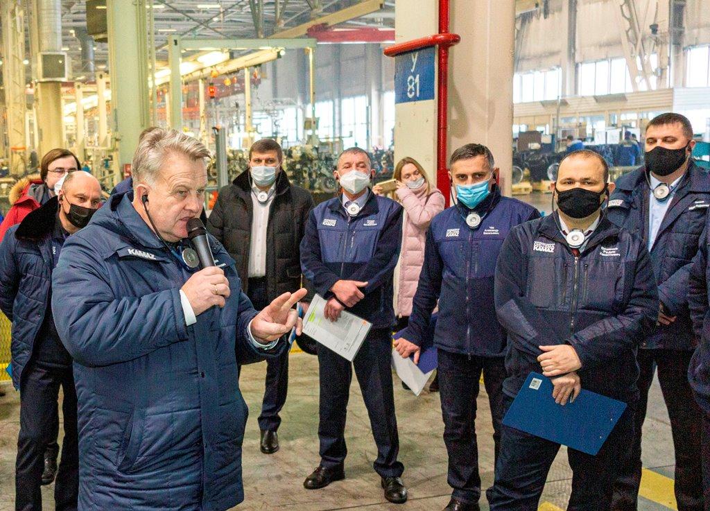 Универсализация профессий на заводе двигателей «КАМАЗа»