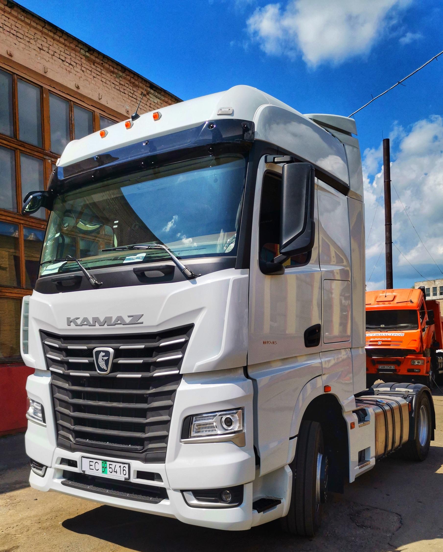 КАМАЗ-54901: первая продажа в Белоруссии