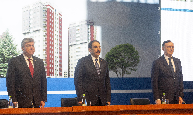 Топ-менеджеры «КАМАЗа» выступили на Горсовете
