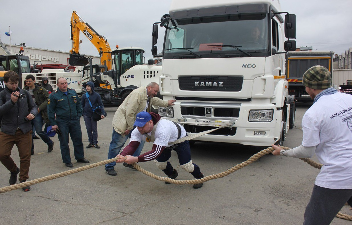 Автотехника КАМАЗ на выставке в Иркутске