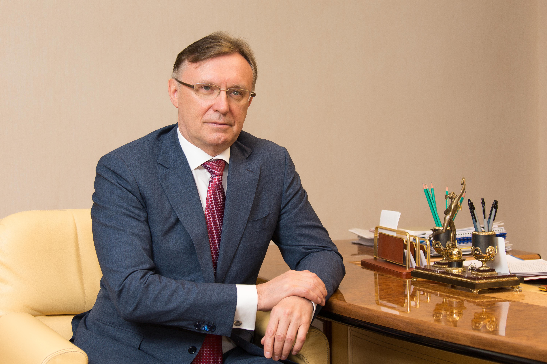 Сергей Когогин поздравил заводчан с Днём машиностроителя
